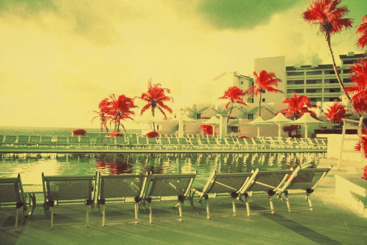 Cancun Mexique - Canon EF - Kodak Aerochrome IR iso 400