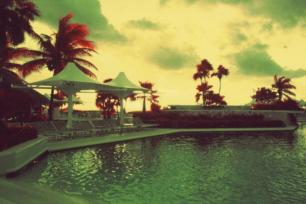 Cancun Mexique - Canon EF - InfraChrome FPP 400 iso - filtre rouge