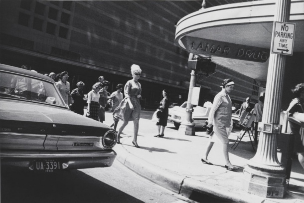Garry-Winogrand-Houston-1964_portrait_w858