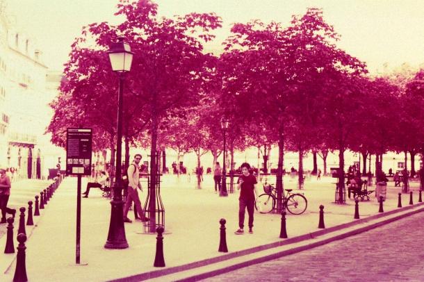 Paris - Canon EF - InfraChrome FPP 400 iso - filtre rouge