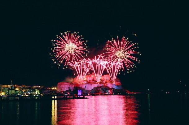 Feux d'artifices du 15 août à Calvi – Canon EOS 100 – Fuji Superia 200