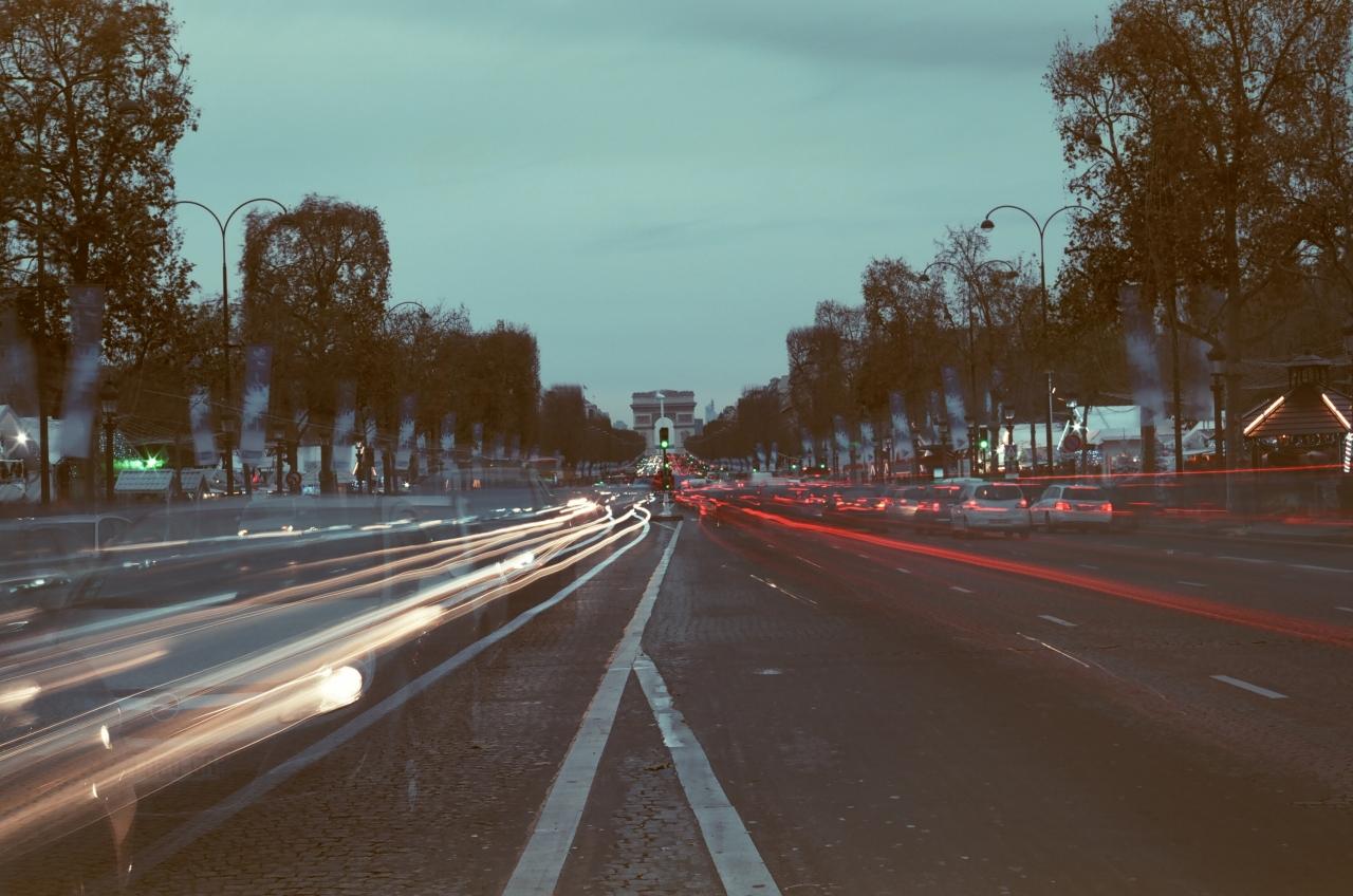 Champs Elysées - Canon A1 - Kono! Donau 6 iso