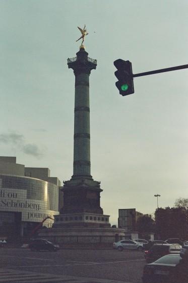 Place de la Bastille - Film Washi X 400 iso