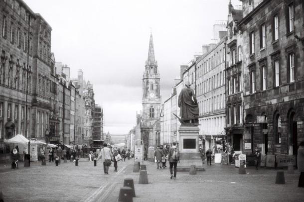 Edinburgh Royal Mile - Canon A1 - Ilford SFX 200