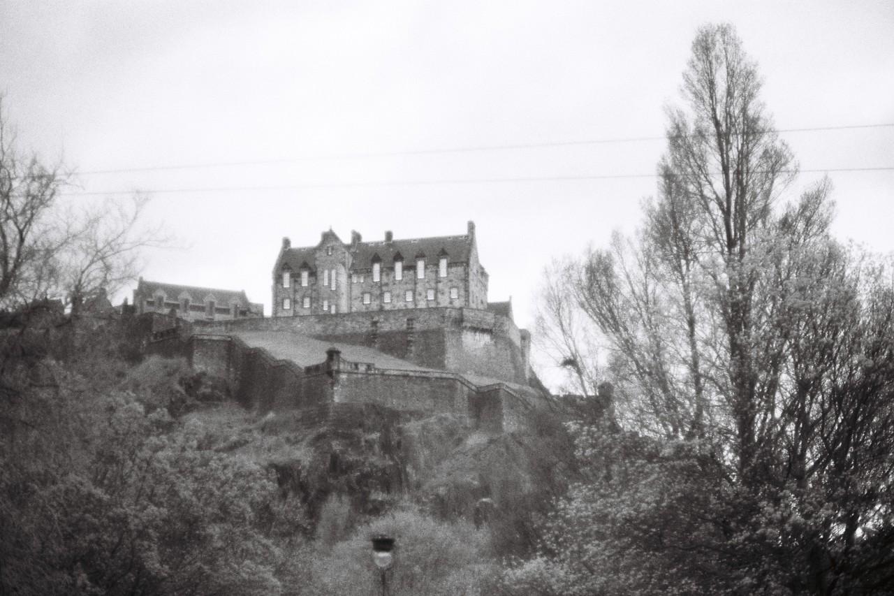 Edinburgh Castle - Canon A1 - Ilford SFX 200