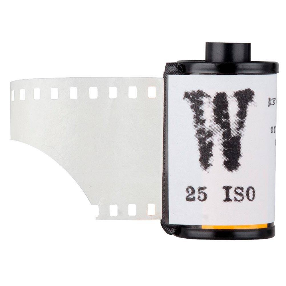Pellicules noir et blanc W 25 iso et V 100 iso de FilmWashi